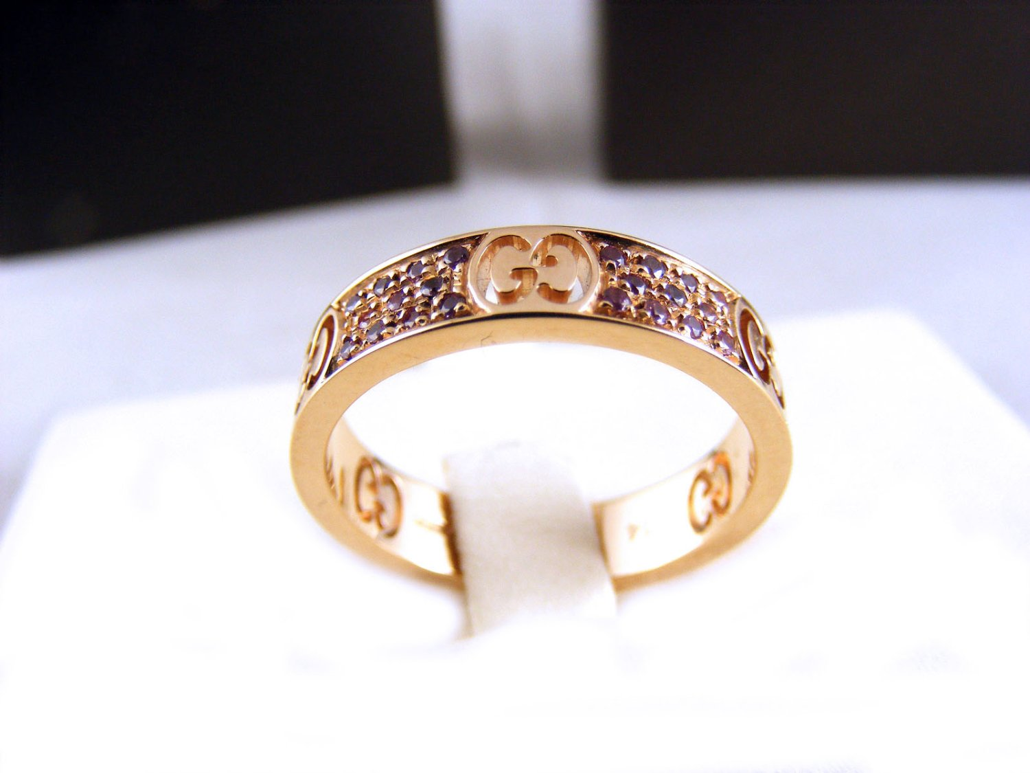 2c33d48ca GUCCI ring Icon Stardust 4mm 18Kt rose gold sapphires ct 0,33 Size ...
